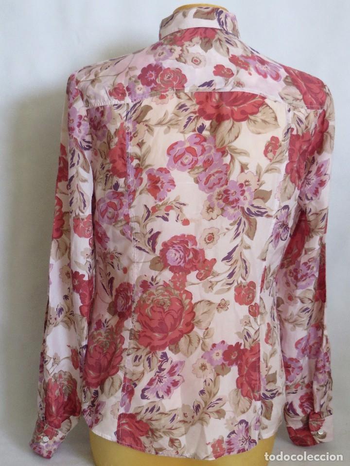 Segunda Mano: Camisa de Massimo Dutti talla 40 ,seda - Foto 2 - 173859845
