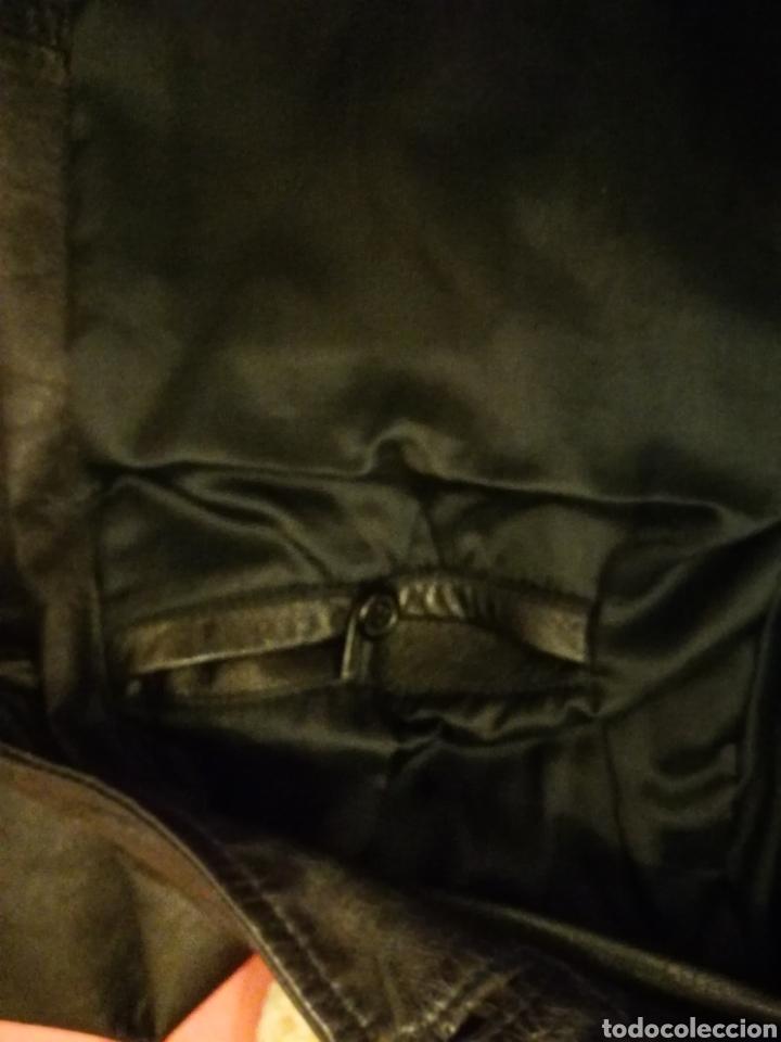 Segunda Mano: Abrigo de piel talla 52 - Foto 3 - 176453795