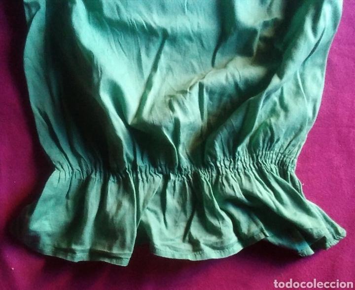 Segunda Mano: Camiseta blusa stradivarius talla S verde - Foto 3 - 178245860