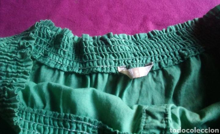 Segunda Mano: Camiseta blusa stradivarius talla S verde - Foto 4 - 178245860