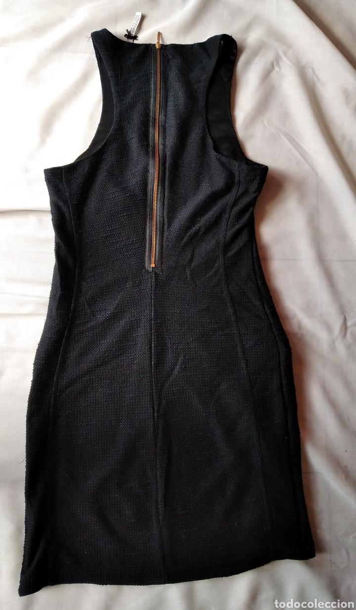Segunda Mano: Vestido Stradivarius negro talla s - Foto 4 - 180324070