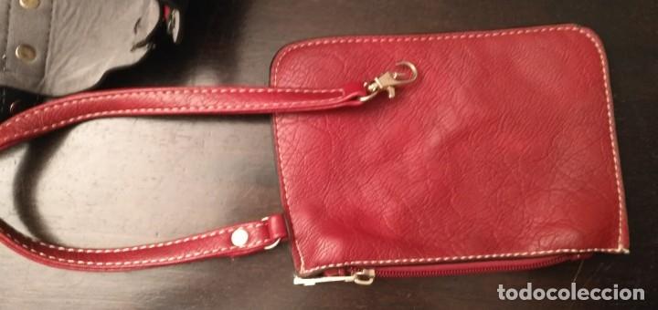 Segunda Mano: Gran y original bolso piel negro y rojo - tres piezas - ver fotos descripción - 58cm x 48cm x 10cm - Foto 8 - 183177616