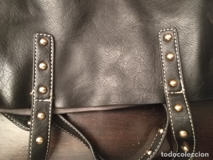 Segunda Mano: Gran y original bolso piel negro y rojo - tres piezas - ver fotos descripción - 58cm x 48cm x 10cm - Foto 9 - 183177616