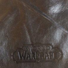 Segunda Mano: BOLSA DE TRANSPORTE PIEL AURICULARES CREATIVE WORLD OF WARCRAFT CON BOLSILLO INTERIOR. Lote 192717490
