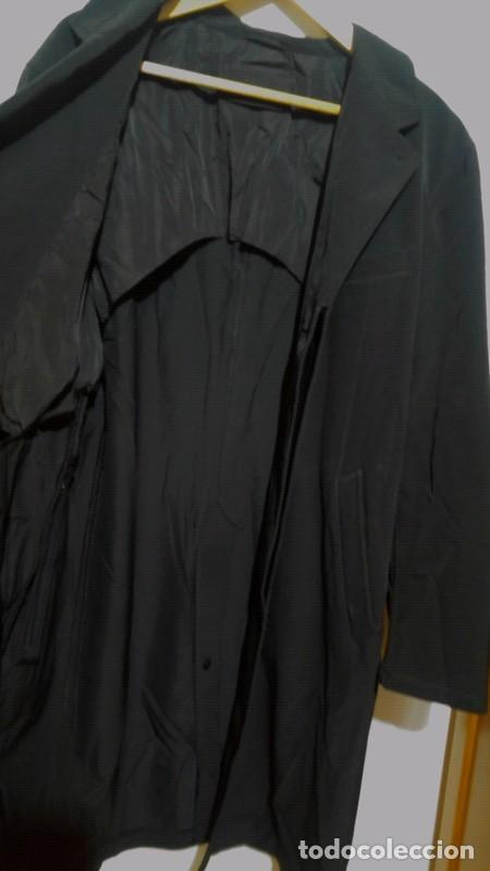 Segunda Mano: Chaqueta hombre Trench PRADA talla 56 (XXL) AZUL MARINO - Foto 3 - 194264298