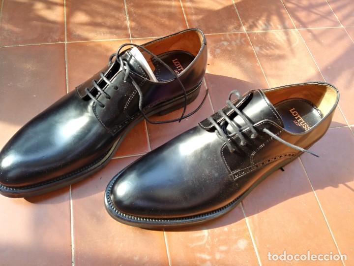 Segunda Mano: Zapatos louttusse - Foto 2 - 194972812