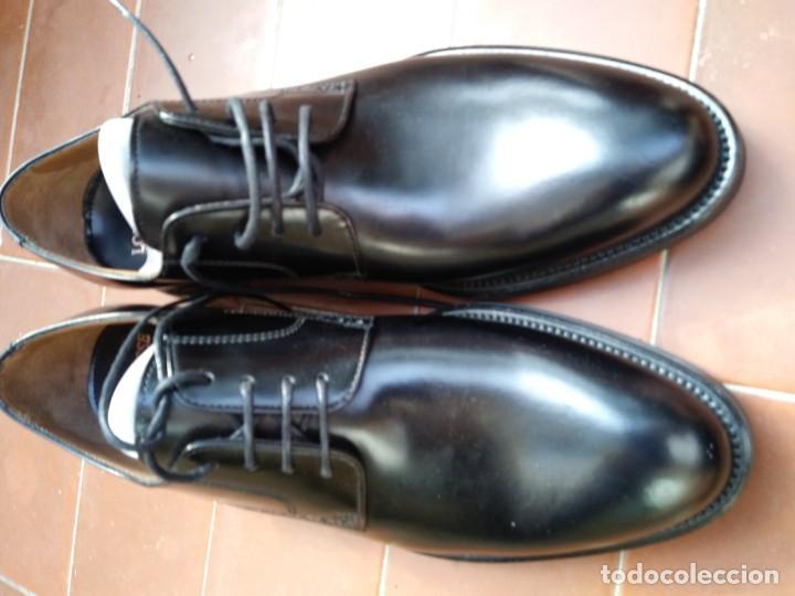 Segunda Mano: Zapatos louttusse - Foto 6 - 194972812