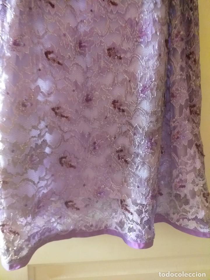Segunda Mano: traje de lentejuela con bolso y fulard talla 44 - Foto 3 - 201281078