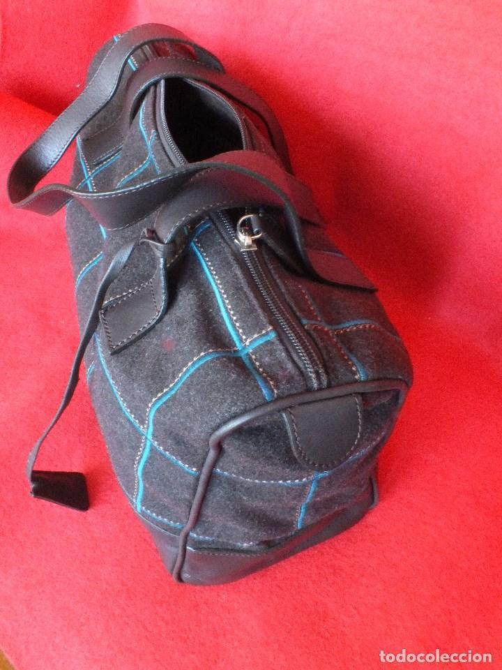 Segunda Mano: bolso piel marca ACOSTA DE PIEL Y TELA BORDADA - Foto 4 - 206262117