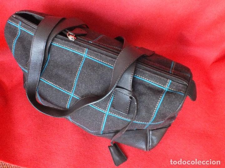 Segunda Mano: bolso piel marca ACOSTA DE PIEL Y TELA BORDADA - Foto 9 - 206262117