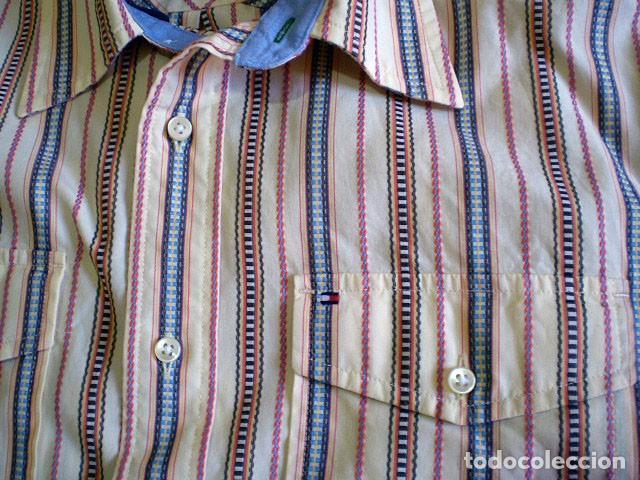 Segunda Mano: Lote 3 camisas de hombre en muy buen estado (Armani Jeans m/c, Ralph Lauren m/l, Tommy Hilfiger m/c) - Foto 14 - 213241466