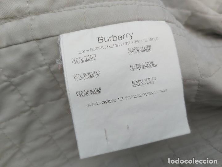 Segunda Mano: Chaqueta Burberry en blanco y gris talla 42 - Foto 6 - 245712910