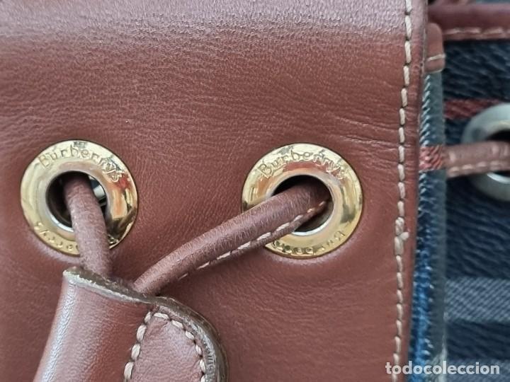 Segunda Mano: Precioso bolso tipo saco marca Burberry - Foto 5 - 268731729
