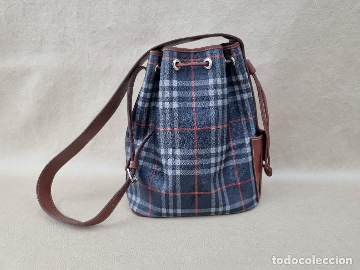 Segunda Mano: Precioso bolso tipo saco marca Burberry - Foto 6 - 268731729