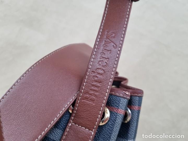 Segunda Mano: Precioso bolso tipo saco marca Burberry - Foto 7 - 268731729