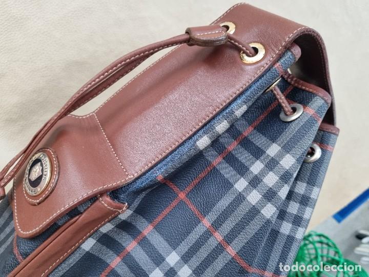 Segunda Mano: Precioso bolso tipo saco marca Burberry - Foto 14 - 268731729