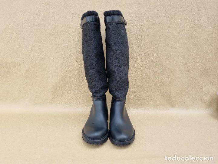 Segunda Mano: Botas de agua de mujer marca DKNY - Foto 2 - 268733354