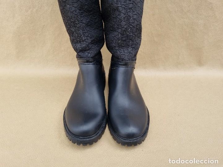 Segunda Mano: Botas de agua de mujer marca DKNY - Foto 3 - 268733354