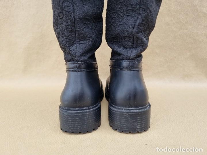 Segunda Mano: Botas de agua de mujer marca DKNY - Foto 8 - 268733354