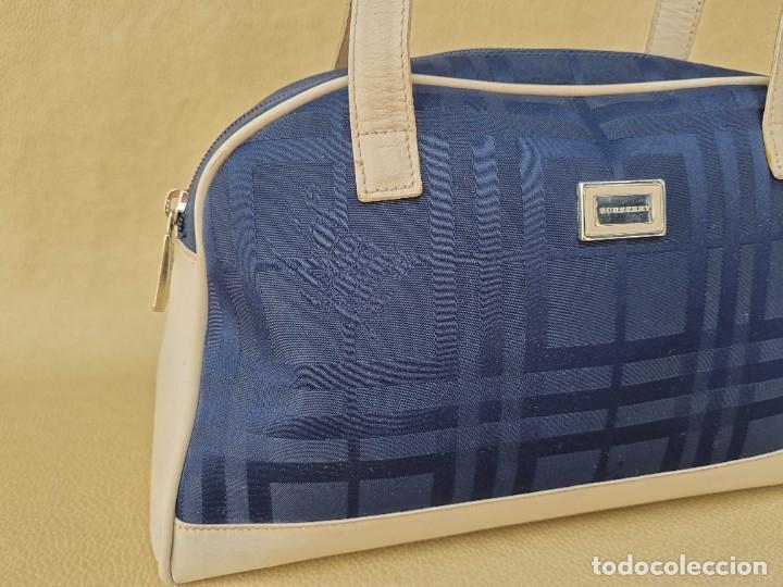 Segunda Mano: bolso de hombro marca Burberry en lona azul marino - Foto 10 - 268734844