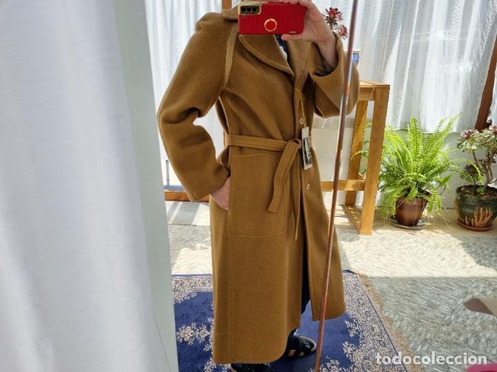 Segunda Mano: abrigo vintage color marrón camel talla 46 S - Foto 5 - 268736189