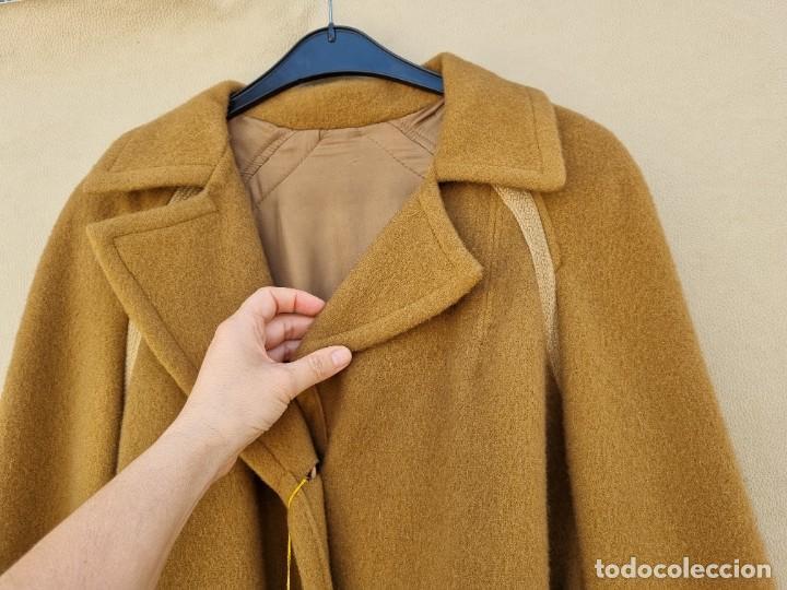 Segunda Mano: abrigo vintage color marrón camel talla 46 S - Foto 7 - 268736189