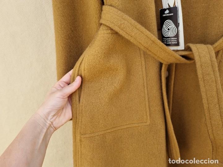 Segunda Mano: abrigo vintage color marrón camel talla 46 S - Foto 8 - 268736189