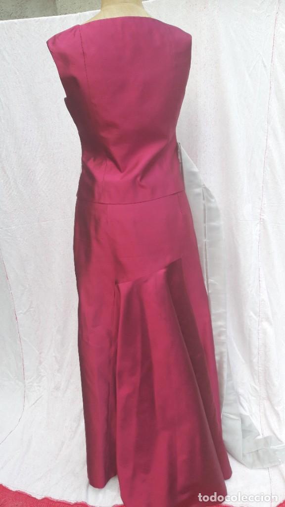 Segunda Mano: Conjunto de Jesus del Pozo, de falda y cuerpo en seda,para fiesta o ceremonia. - Foto 3 - 284176278