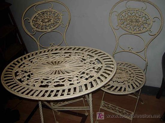 Mesa hierro plegable y ovalada con dos sillas p comprar for Sillas de jardin segunda mano