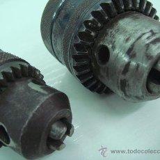 Segunda Mano: TALADRO PORTABROCA HIERRO FORJA 2 CABEZAS BLACK DECKER 1`5-13 MM, Y ROHM, 1-10 MM PARA RECAMBIOS. Lote 30957807