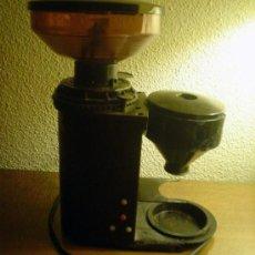 Segunda Mano: MOLINILLO ELECTRICO DE CAFE DE BAR.MARCA EL CAFE TRANQUILO MODELO TAURO. Lote 35844032