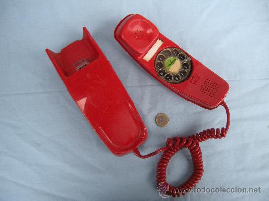 TELÉFONO MURAL GÓNDOLA EN COLOR ROJO. AÑOS 80. (Segunda Mano - Artículos de electrónica)