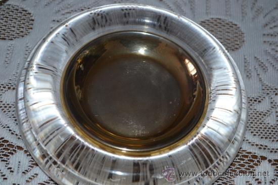 Segunda Mano: Platillo dorado dentro de una pieza de cristal . - Foto 3 - 36179432
