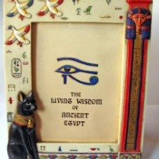 Segunda Mano: EGIPTO MARCO PORTAFOTOS, MESA O COLGAR TAMAÑO FOTO 11,5X15,5-MATERIAL RESISTENTE PARECE R. Lote 38616770