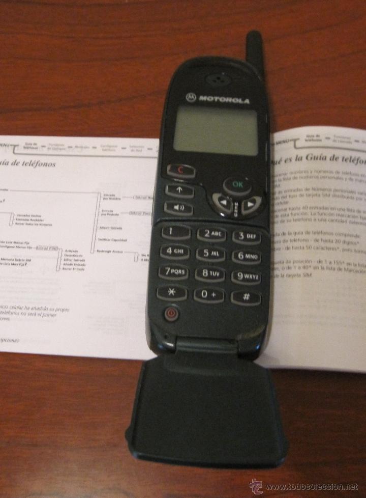 Segunda Mano: TELEFONO ANTIGUO MOVIL MOTOROLA CON SUS INSTRUCCIONES. NO PROBADO - Foto 2 - 39470625