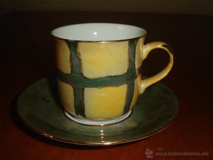 Segunda Mano: 2 tazas de café con sus platos pintadas a mano de la marca Aldik - Foto 2 - 40296598