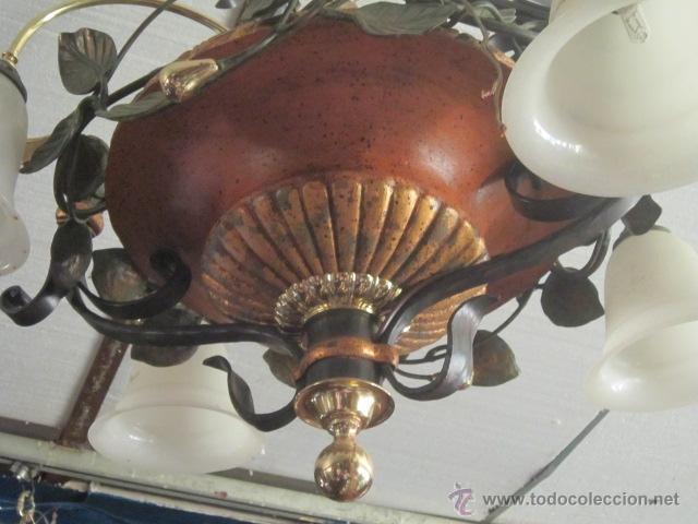 Segunda Mano: Lampara de techo de cerámica con tulipas. - Foto 2 - 32264144