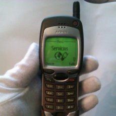 Segunda Mano: TELEFONO MOVIL NOKIA 7110 / AÑO 1999 / POLEMICO LLAMADO MOVIL MATRIX + CARGADOR / MUY BUEN ESTADO. Lote 41873263