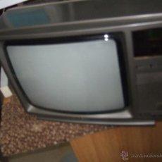 Segunda Mano: TELEVISION ANTIGUA MARCA GRUNDIG. Lote 48292415