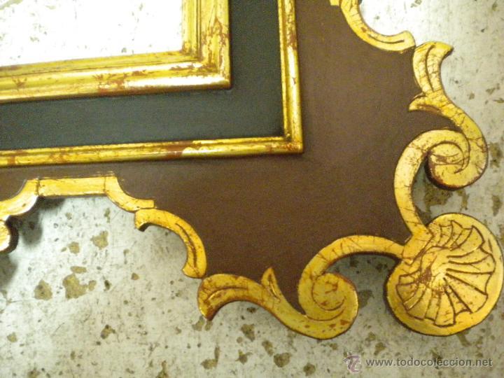 Segunda Mano: Marco ,dorado y estuco.Medida interior 30,8x45,8 exterior 63 x 78 cm. - Foto 2 - 49403626