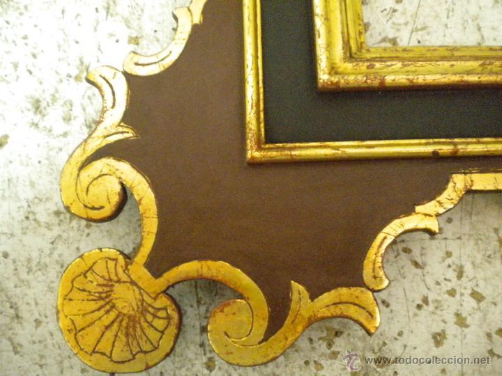 Segunda Mano: Marco ,dorado y estuco.Medida interior 30,8x45,8 exterior 63 x 78 cm. - Foto 3 - 49403626