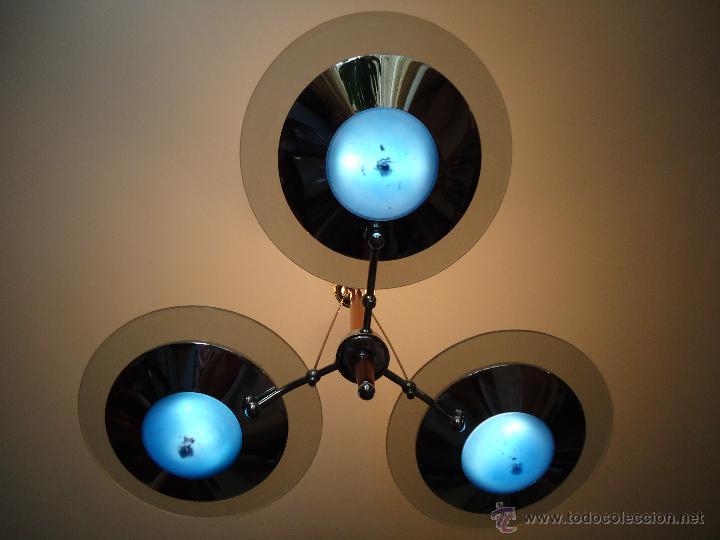LAMPARA METÁLICA Y CRISTAL TRES BRAZOS. IDEAL PARA SALÓN. O SALITÁS. VER DETALLES. (Segunda Mano - Hogar y decoración)