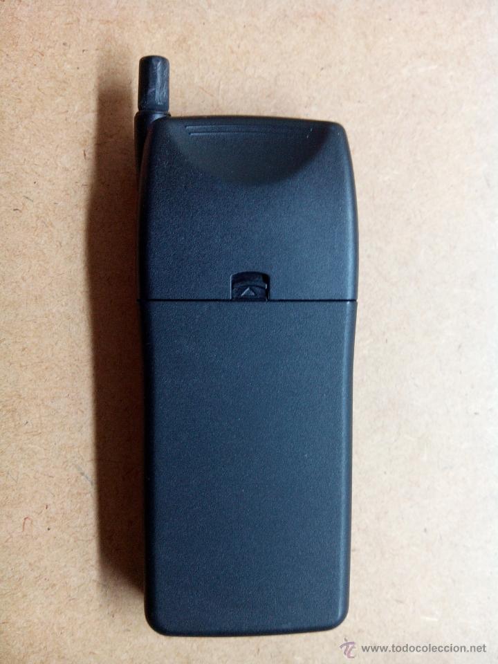 Segunda Mano: Antiguo telefono portatil alkatel. movistar con funda - no funciona - Foto 4 - 53519419