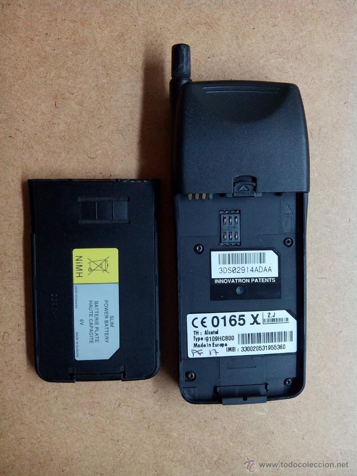 Segunda Mano: Antiguo telefono portatil alkatel. movistar con funda - no funciona - Foto 5 - 53519419