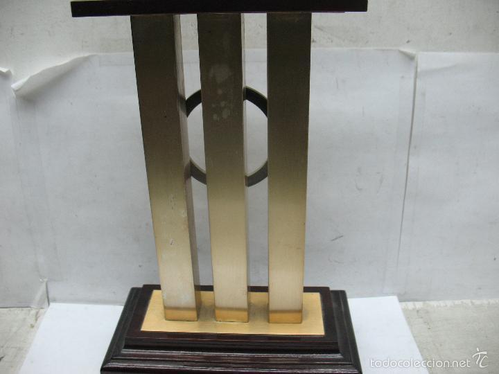 Segunda Mano: Trofeo VII CONCURSO FOTOGRÁFICO DEPORTIVO CALATAYUD 1981 PRIMER PREMIO - Foto 4 - 55531166