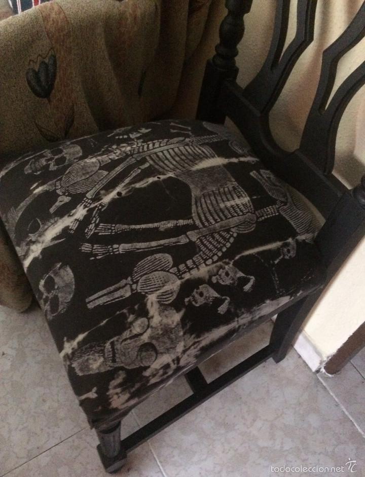 Segunda Mano: Gothic, Punk, Heavy. Silla con tapizado de calaveras. Sólo recogida en mano, en Sevilla capital. - Foto 2 - 56098996