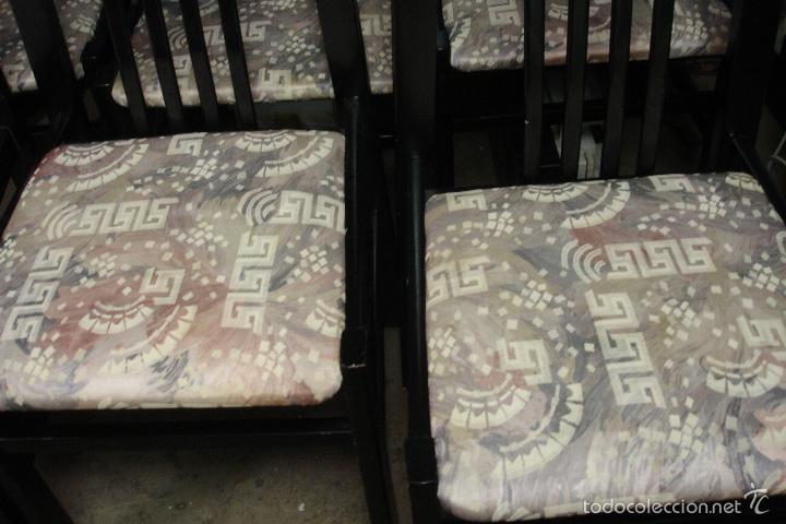 sillas para mesa comedor en color negro y tapizadas unidades segunda mano