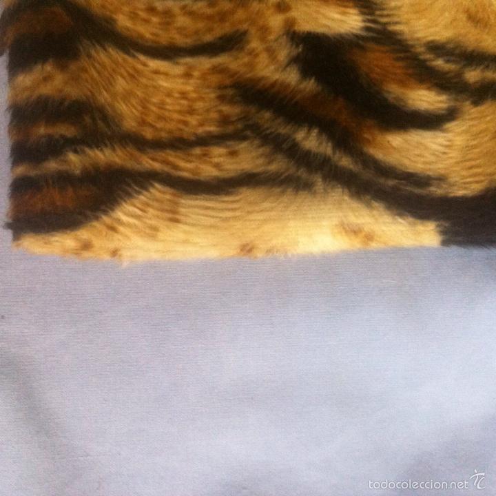 Segunda Mano: Fundas cojines pulipiel e imitación a piel de tigre - Foto 3 - 62403199