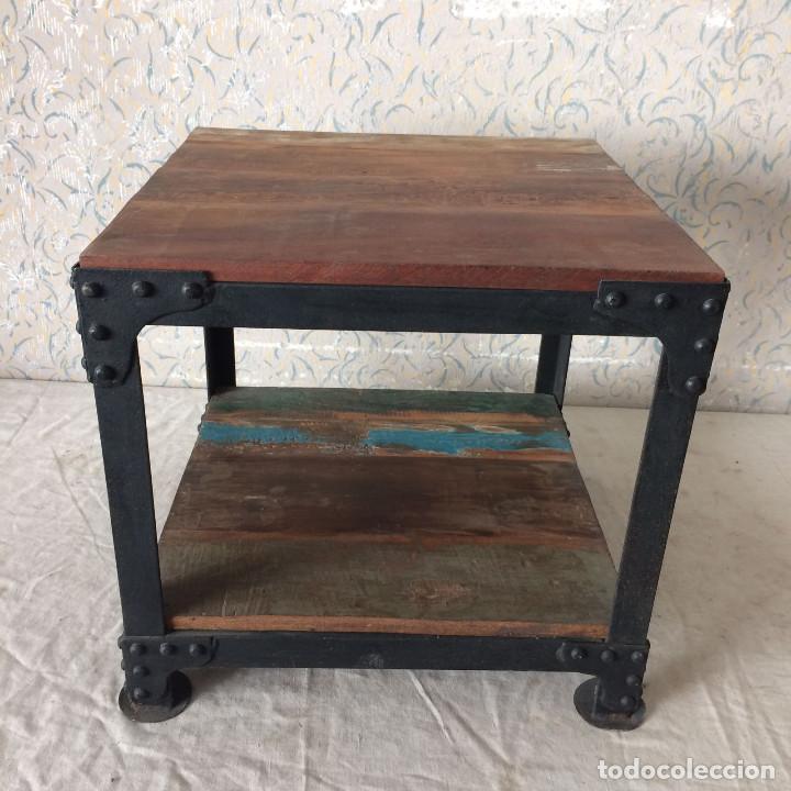 mesa auxiliar en hierro y pesada madera muy ch comprar
