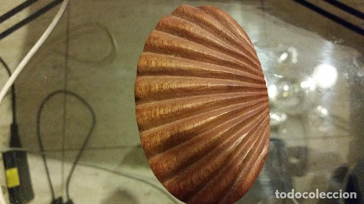 Segunda Mano: Caja de madera tallada - Foto 2 - 66971742